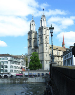 Гроссмюнстер (Grossmünster)